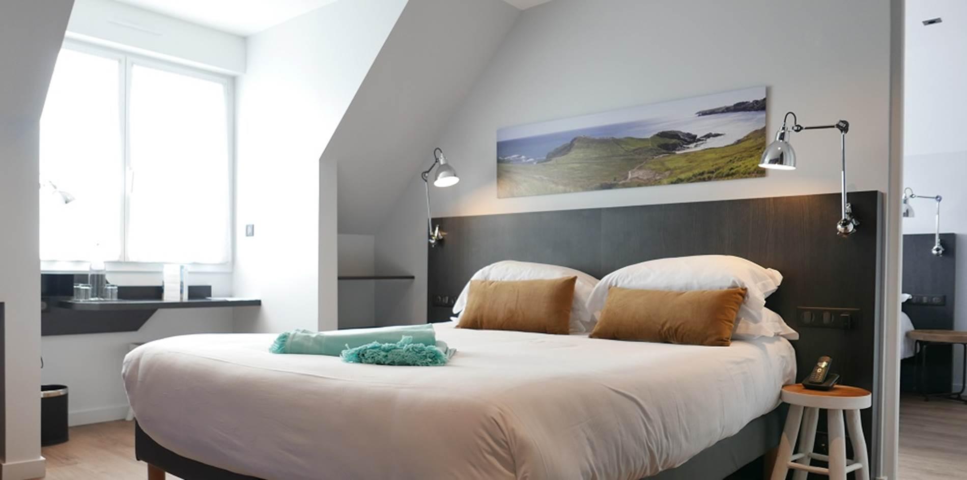 hotel-cardinal-chambre-appartement-familiale-vue-mer-4-personnes ©