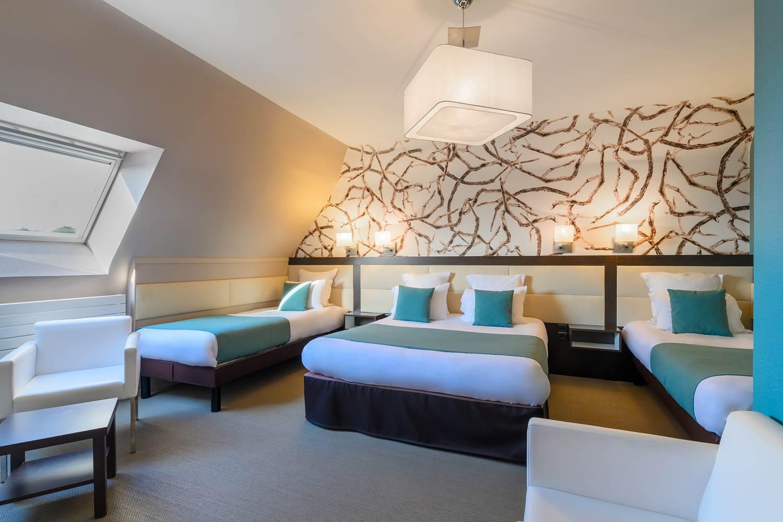 chambre familiale quadruple hôtel la Marébaudière Vannes centre ©