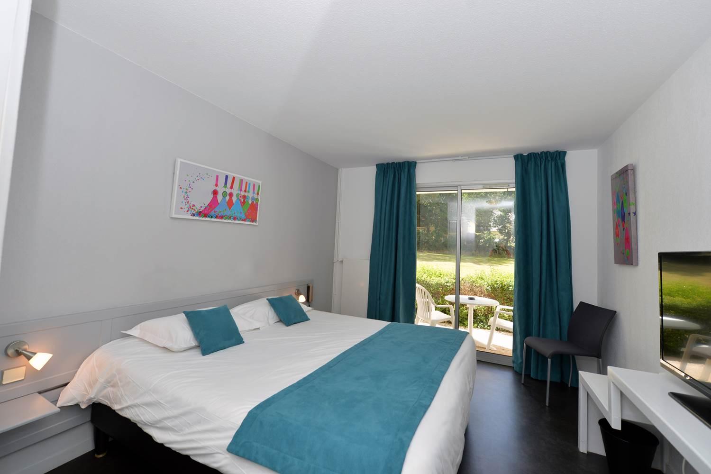 Hotel-Golf-Saint-Laurent-carnac-morbihan-bretagne-sud 10/chambre-standard-vue-jardin © Michel RENAC