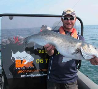 Guide de pêche Loïc Lemare, pecheaubar-morbihan