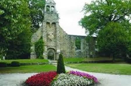 Les ruines de la chapelle de la Madeleine