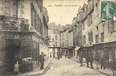 Croquez Vannes ! : Les dessous cachés de la rue Saint-Nicolas