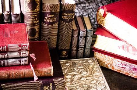 Marché des Livres Anciens - Locmariaquer
