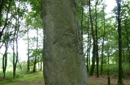 Le grand menhir de Kermarquer à Moustoir-Ac