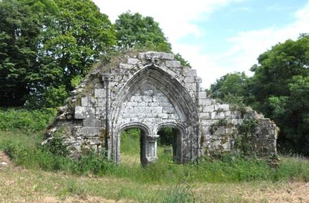 Vestiges de la chapelle Saint-Maudé